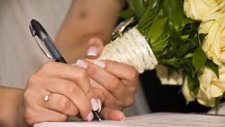 ウエディングノートの項目や内容は?表紙についても【花嫁必見!】
