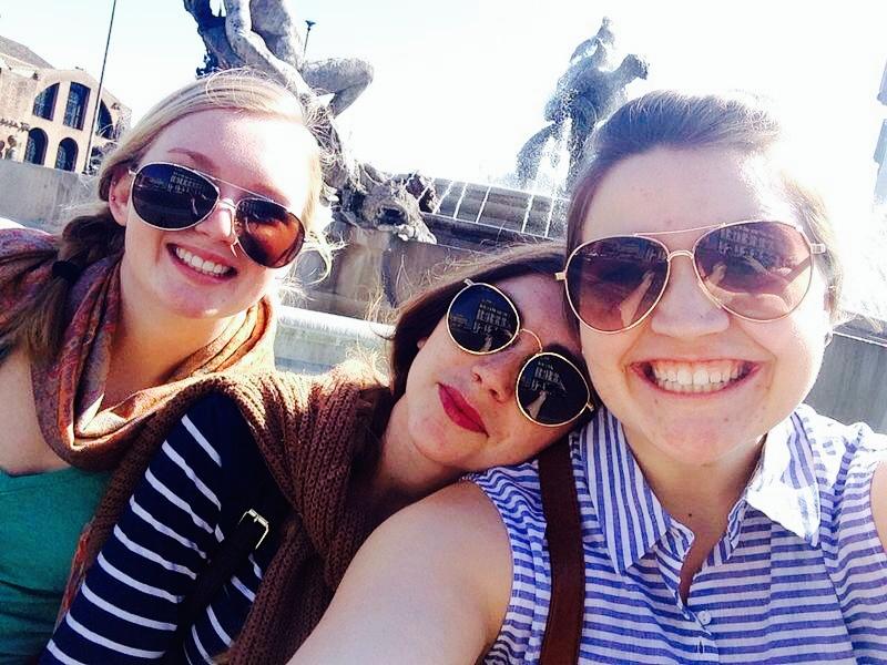 Three pretty girls in Roma!