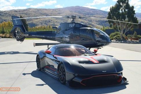 Aston Martin Vulcan 012
