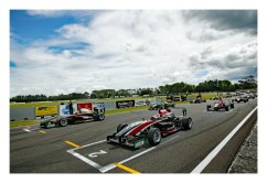 Start-3-Grand-Prix. IMAGE/terry marshall