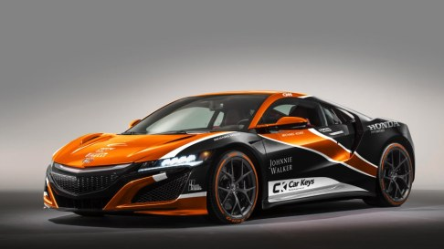 It was a tough call whether to see this controversial livery on a McLaren supercar (The P1, maybe) or the Honda NSX. But we fell in love with the old NSX, so it had to be the stunning new NSX for this design.