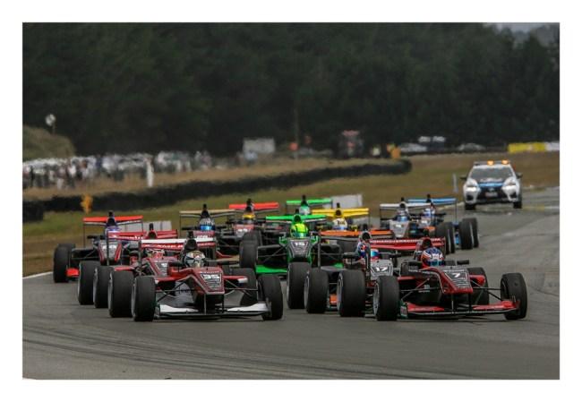 Start-race-1. IMAGE/terry marshall.