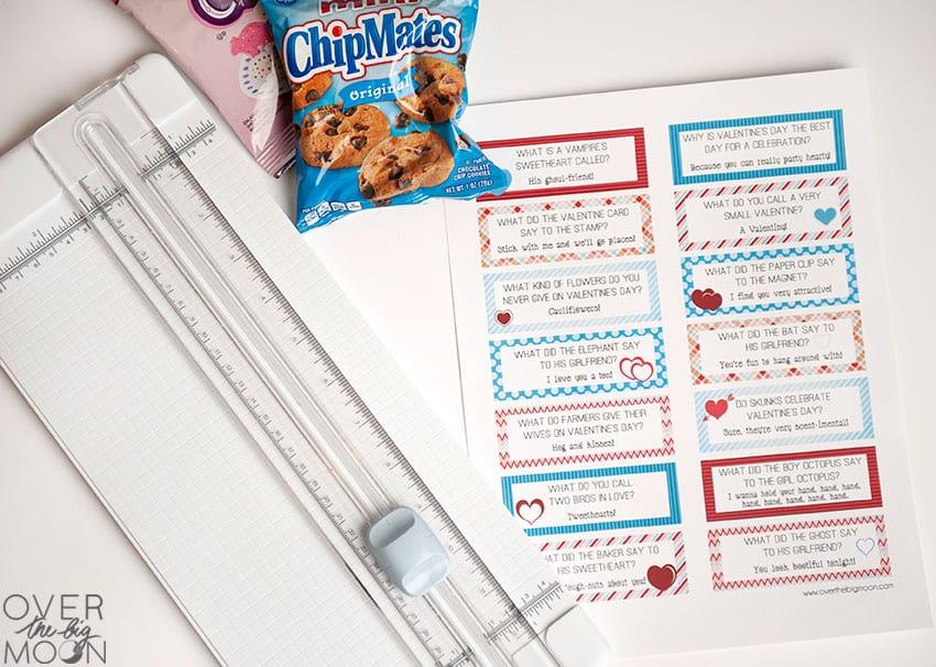 Print Lunch Box Joke Cards - from overthebigmoon.com
