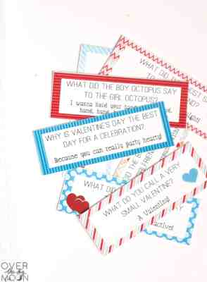 Valentine's Day Lunch Box Joke Cards! From overthebigmoon.com!