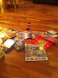 Elf on the Shelf Reading Books (1)
