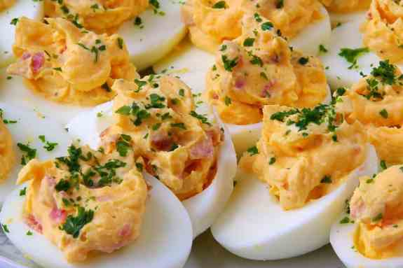 bacon-cheddar-deviled-eggs_5965