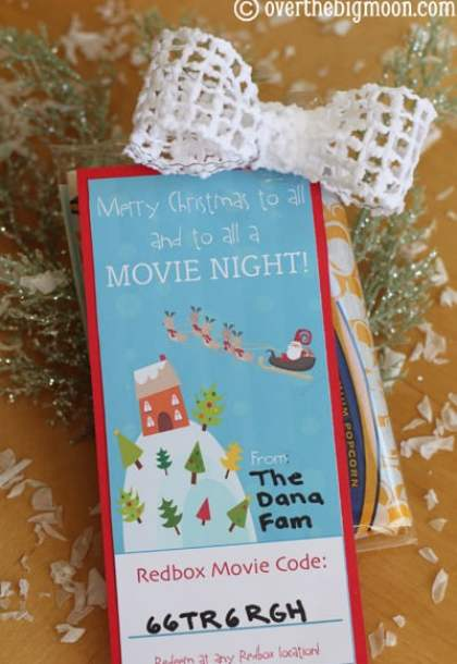 Redbox Neighbor Gift Idea to help simplify your holiday!