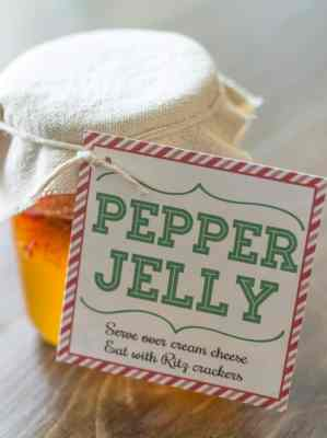 Pepper Jelly Neighbor Gift Idea w/ Printable Gift Tag + Blog Hop