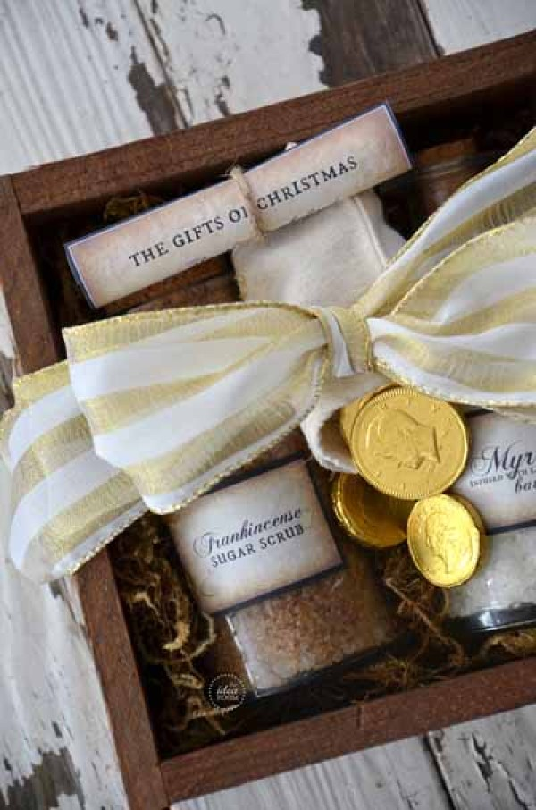 The Gift of Christmas - a fun gift idea for teachers or friends!
