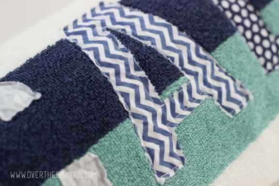 Applique towels11
