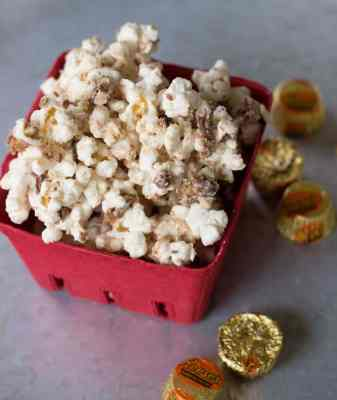 White Chocolate Peanut Butter Cup Popcorn