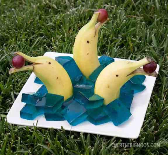bananna dolphins3