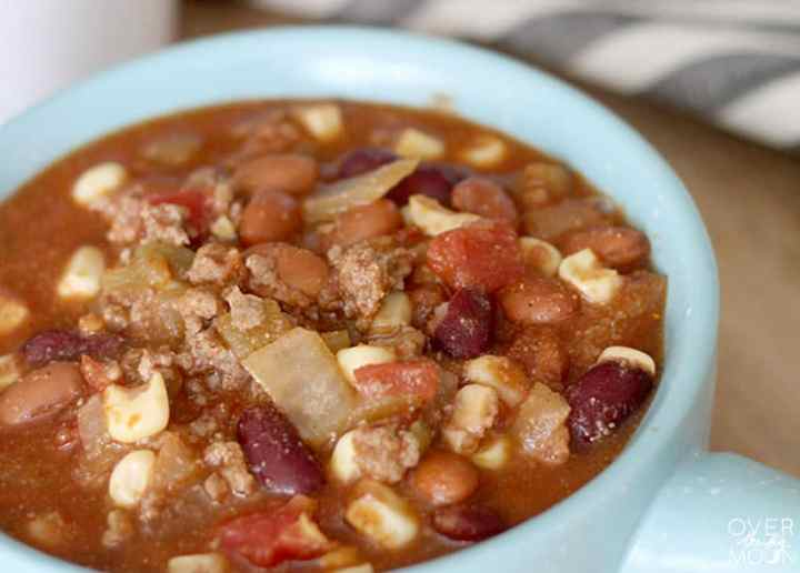 Come learn how to make the best Taco Soup recipe! Perfect for cold weather dinners! From overthebigmoon.com!
