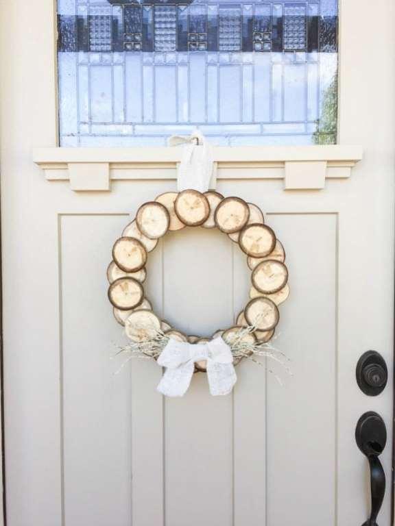 diy-wood-slice-wreath