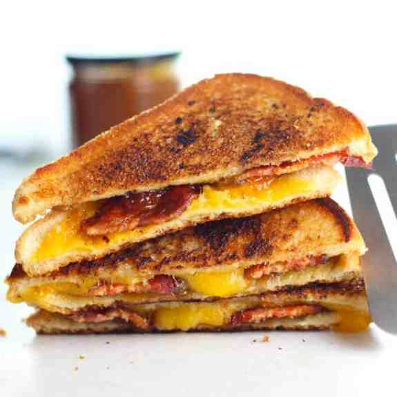 grilled-cheese-with-fig-jam-and-bacon-2