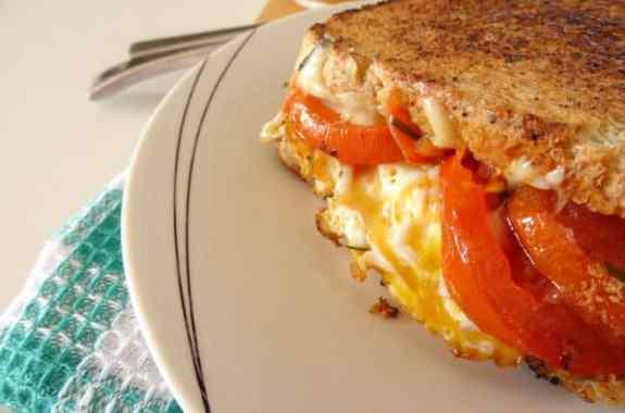 veggie-breakfast-grilled-cheese-sandwich-recipe1