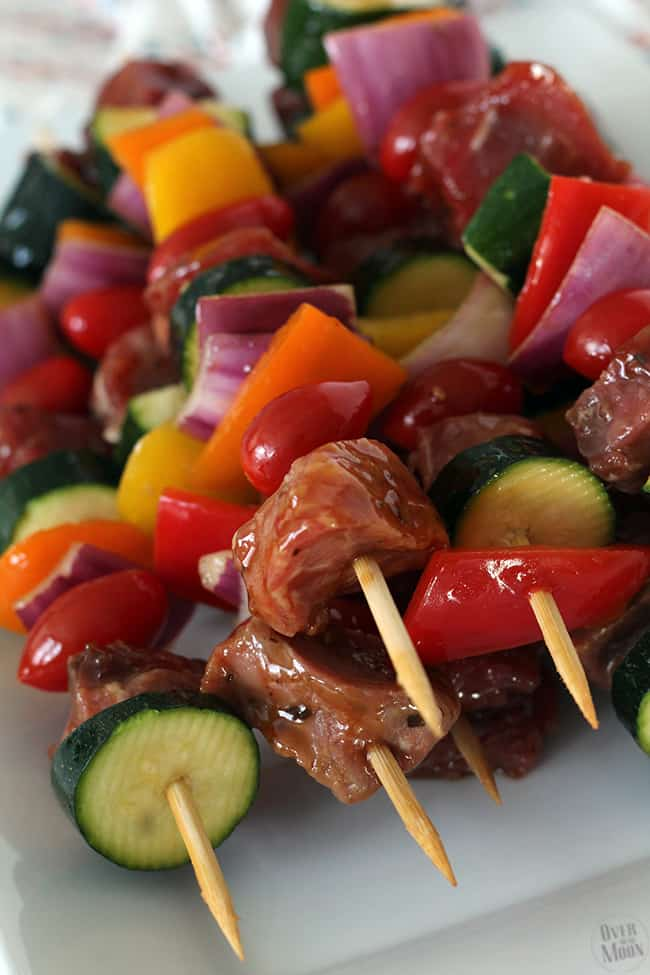 These Korean Teriyaki Kabobs are pretty quick and easy and sooooo good! Perfect for a summer BBQ (or really whenever)! From www.overthebigmoon.com!