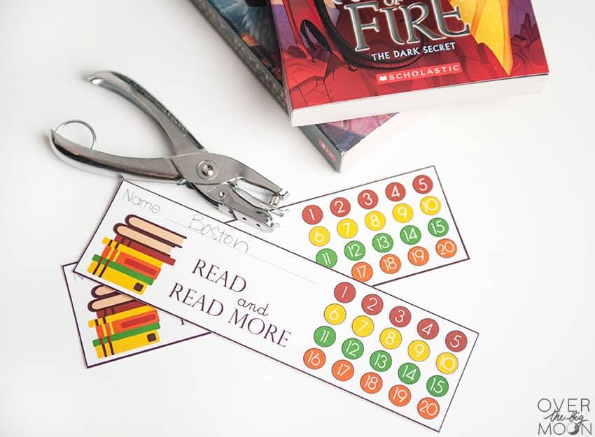 Punchcard Bookmark Printable - overthebigmoon.com