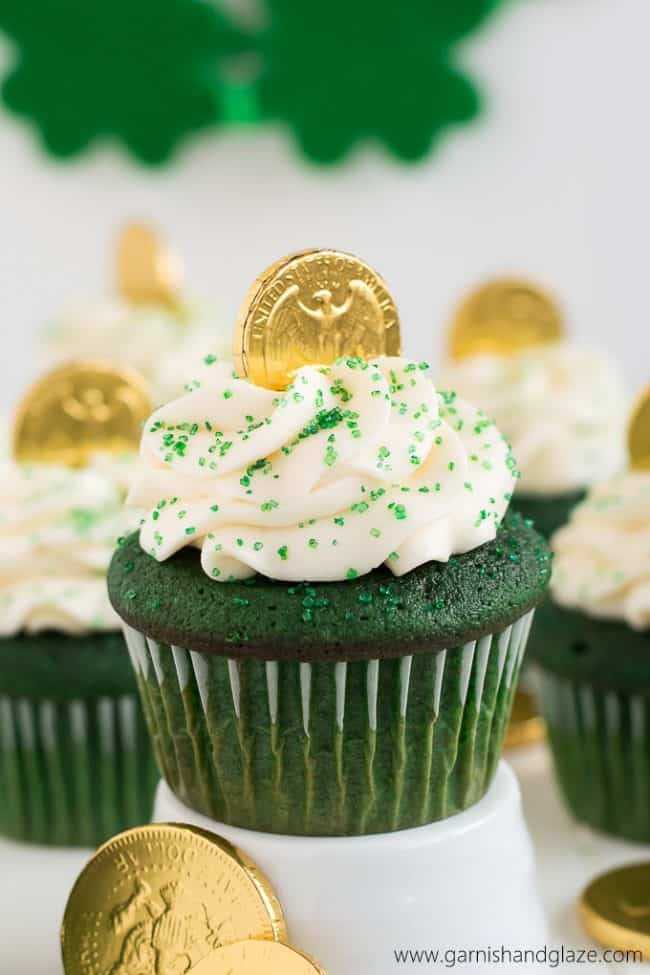 Cute Leprechaun Wallpaper St Patrick S Day Green Food Ideas Over The Big Moon