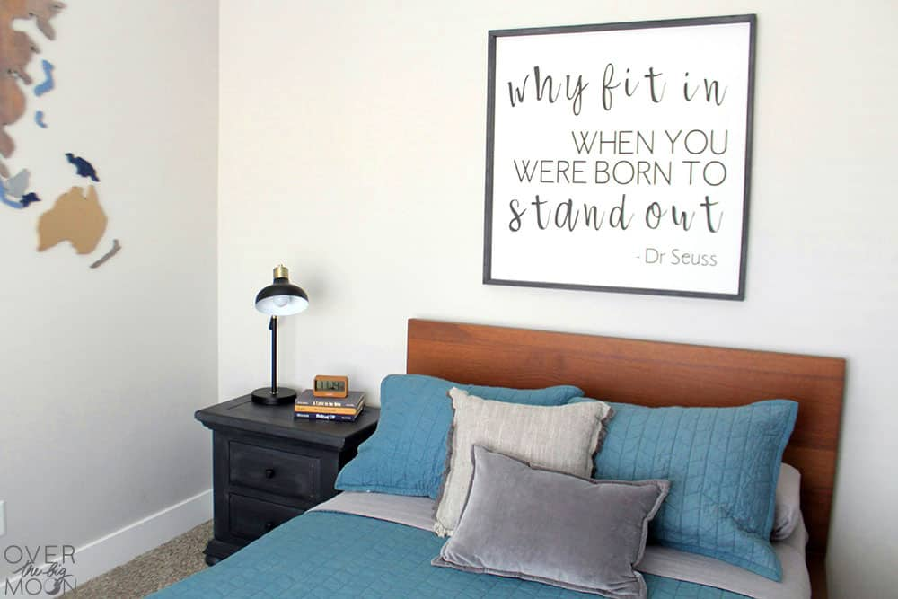 5 Simple Ways to Refresh a Bedroom - from overthebigmoon.com!