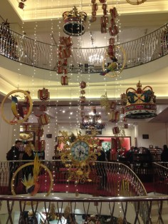 fortnum-and-mason-8-christmas-decorations-2015