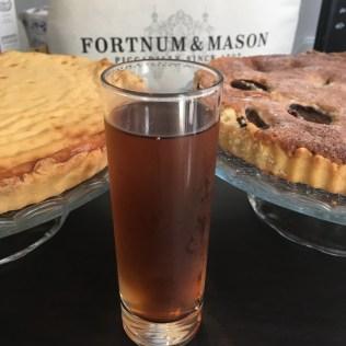 Un verre de thé glacé Tourbillon de Dammann Frères - ©Chloé Chateau