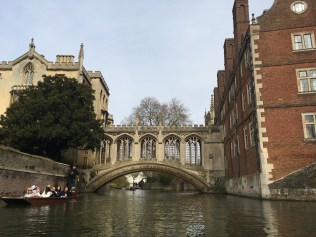 Punting in Cambridge - The Bridge of Sighs