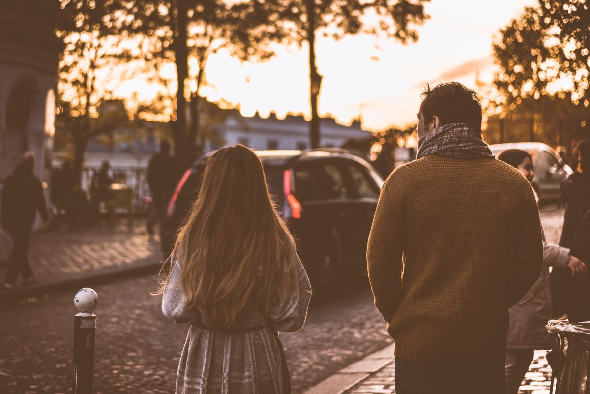 when to stop dating other guys