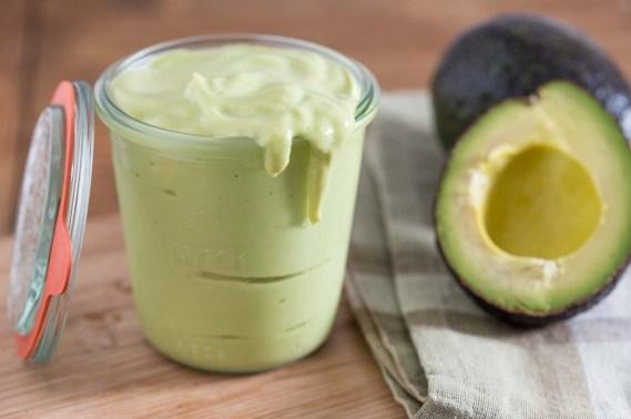 creamy avocado salad dressing2