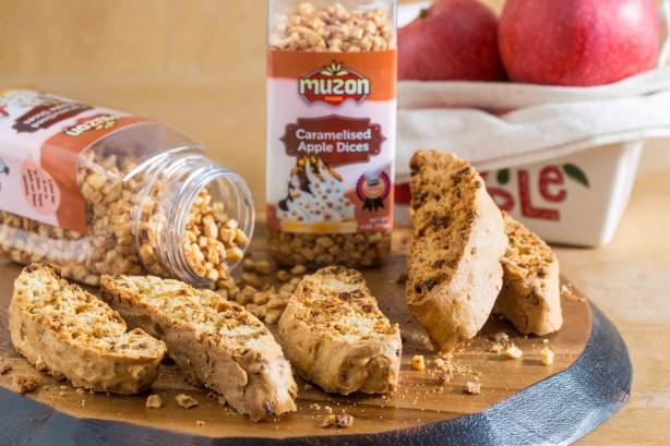 cinnamon apple biscotti