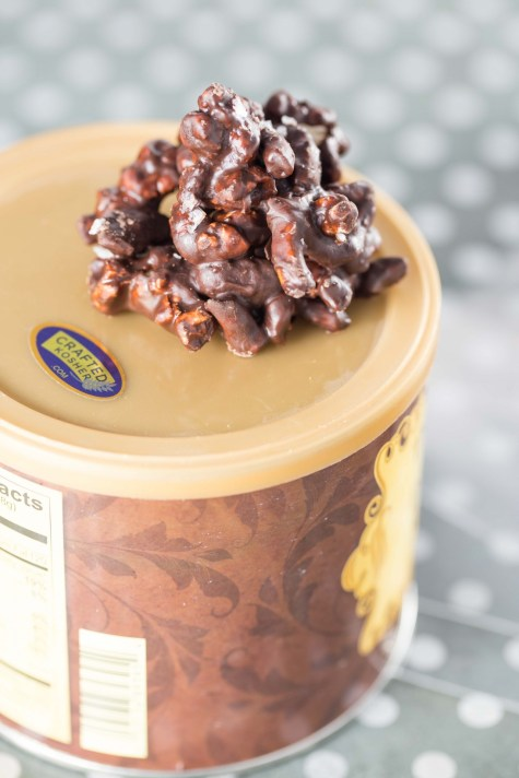 Sweet and Salty Chocolate Peanut Butter Clusters4