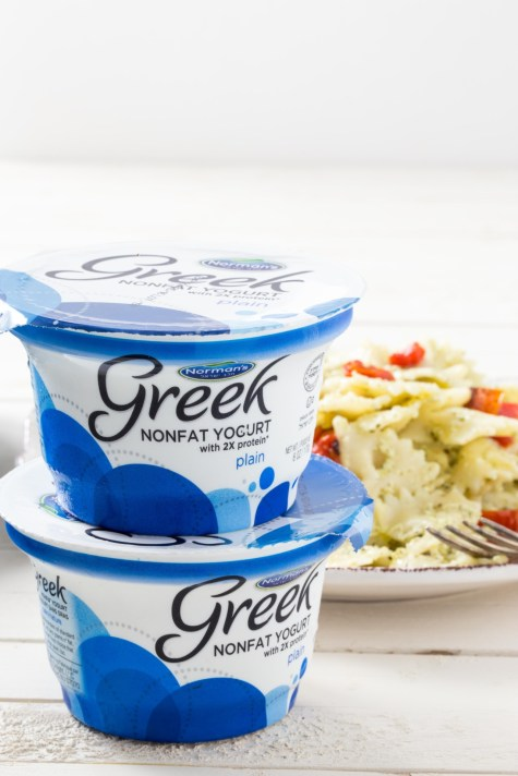 Greek Yogurt Pesto Cream Sauce 2