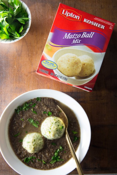 hearty-mushroom-soup-parsley-pesto-matzo-balls-1