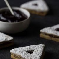 Linzertaschen: Linzer Cookie Hamantaschen