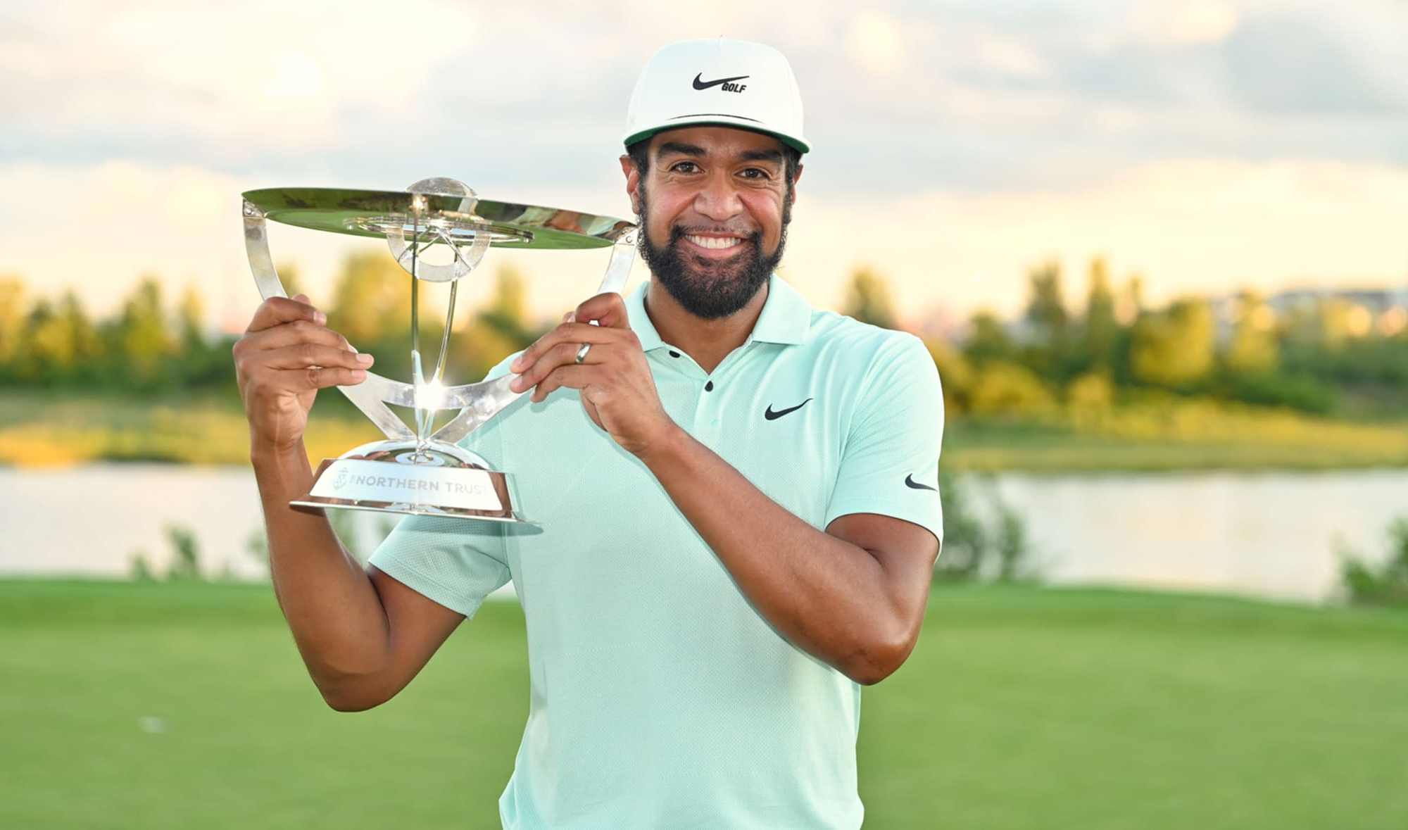 Tony Finau wins for the first time in 5 years!