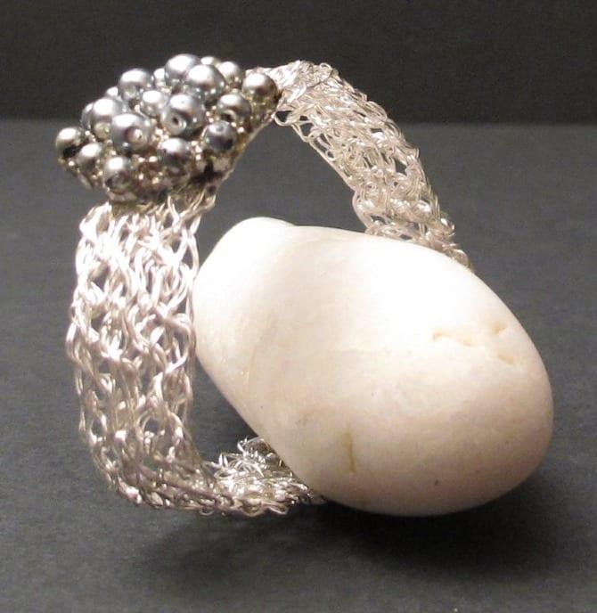 Bracelet metal crochet avec fermoir ancien