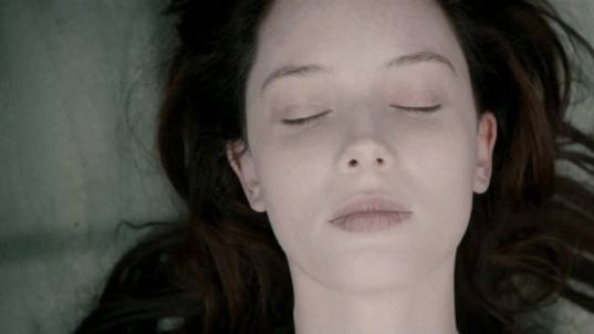 the-autopsy-of-jane-doe-red-band-trailer