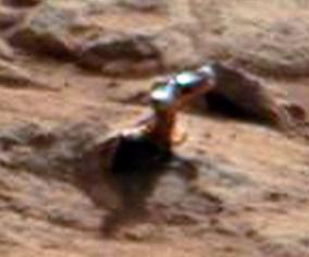 Curiosity-Objeto-metálico-em-Marte-2