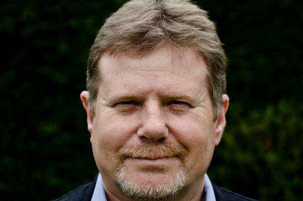 Gary Heseltine, ex-detetive e especialista em OVNIs