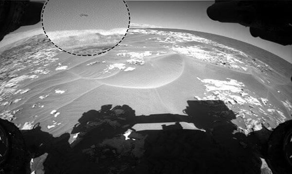 Objeto voador é fotografado em Marte