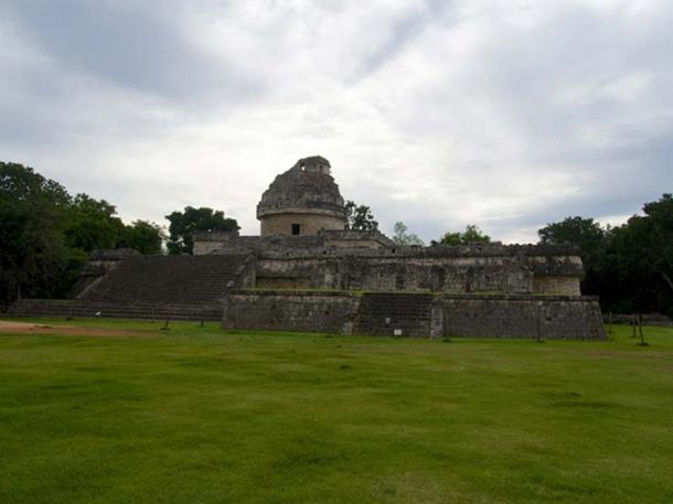 Engenharia avançada é encontrada em observatório maia 1