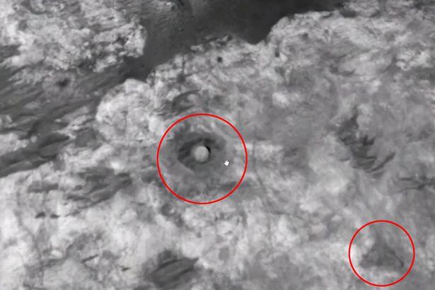 pirâmide e cúpula são encontradas em Marte