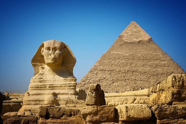 pirâmides foram construídas por alienígenas