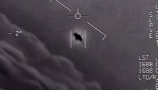 Ex-funcionário do Pentágono, que fazia parte de projetos secretos, diz que ETs visitaram a Terra 3
