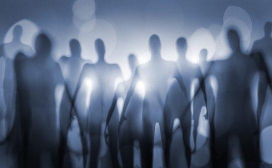 Alienígenas de outras dimensões
