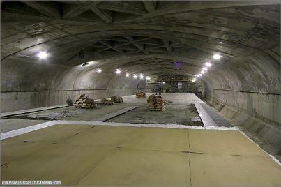 Informantes revelam segredos sobre bases militares subterrâneas - tecnologias futurísticas 1