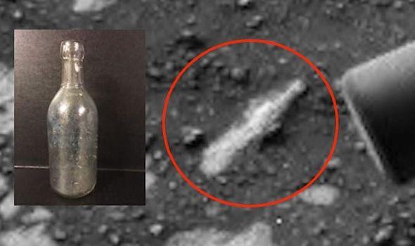 Foto da NASA mostra garrafa enterrada no solo de Marte - Pareidolia? 1