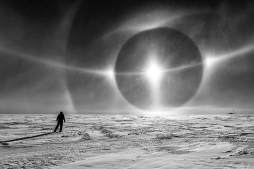 som é gravado vindo de plataforma de gelo na Antártica