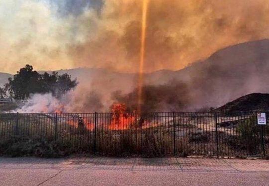 Poderiam os incêndios da Califórnia terem sido causados por armas de energia dirigida? 1