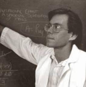 """Jornalista investigativa dá seu parecer sobre o documentário recém lançado, """"Bob Lazar: Area 51 and Flying Saucers"""""""
